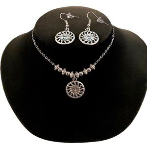 Silver plated Sun design earrings & necklace set